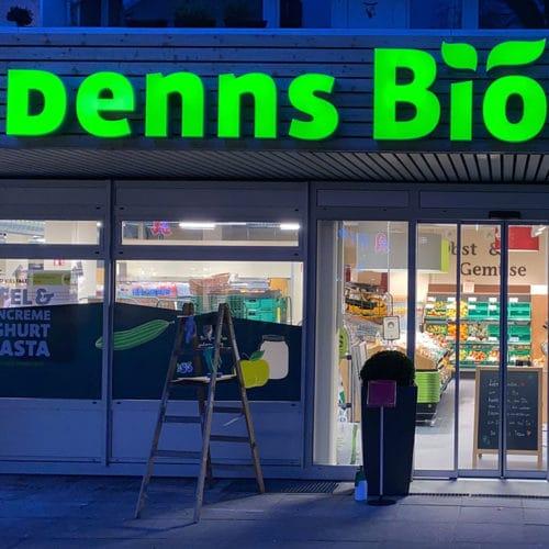 Leuchtkasten und Fensterfolien Denns Biomarkt
